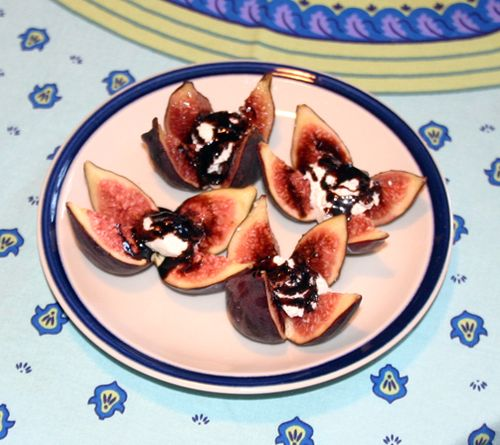 Figs, goat cheese